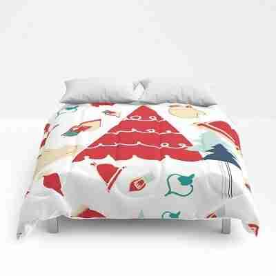 christmas-tree-red-comforters