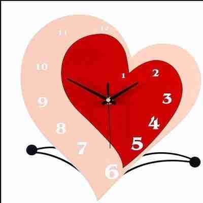 Red Iron Simple Style Heart Shaped Home Decorative Mute Wall Clock