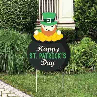 Saint Patty's Day Party Welcome Yard Sign