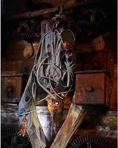 5 Ft Electrified Corpse Animatronics - Decorations