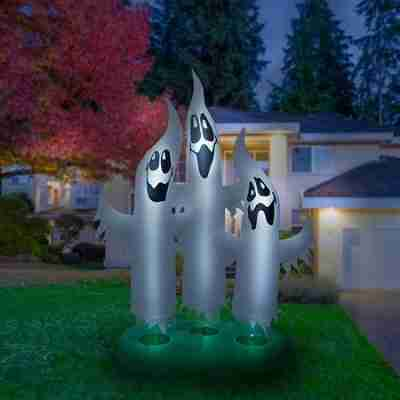 Giant 10 Ft Airblown Inflatable Ghost Family
